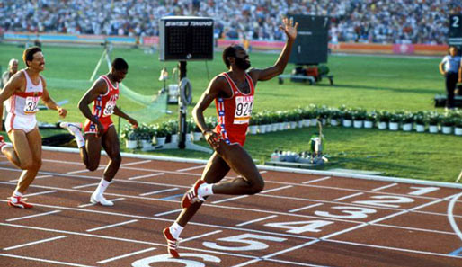 Edwin Moses bei seinem Olympiasieg 1984 in Los Angeles