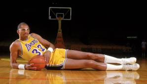 1971, 1972 & 1985: Kareem Abdul-Jabbar - Milwaukee Bucks, Los Angeles Lakers - 4-0 vs. Bullets, 4-1 vs. Knicks, 4-2 vs. Celtics