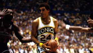 1979: Dennis Johnson - Seattle Super Sonics - 4-1 vs. Bullets