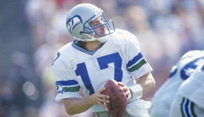 1. Dave Krieg (1980) - 213 Spiele, 38.147 Yards, 261 TD, 199 INT (Seahawks, Chiefs, Lions, Cardinals, Bears, Tennessee Oilers)