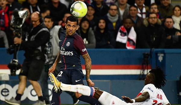 Dani Alves - Juventus/Paris Saint-Germain