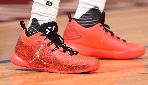 Chris Paul führt bei den Houston Rockets den Air Jordan CP3.X spazieren