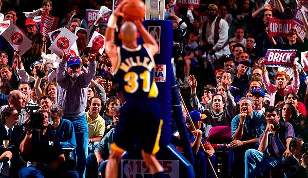Reggie Miller (1987-2005, Pacers) - 5x All Star