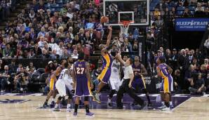 Los Angeles Lakers: 19 Dreier gegen Sacramento am 28.02.2014 und Washington am 17.12.2006.