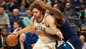 ROBIN LOPEZ (32, Center), von den Milwaukee Bucks zu den Washington Wizards - Vertrag: 1 Jahr