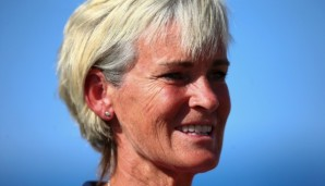 EILAT, ISRAEL - FEBRUARY 06:  Captain Judy Murray looks on during the tie between Belgium and Great Britain on day three of the Fed Cup Europe/Africa Group One fixture at the Municipal Tennis Club on February 6, 2016 in Eilat, Israel.  (Photo by Jord...